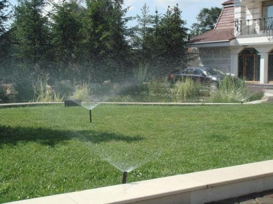 Система полива для загородного участка в Окуловском